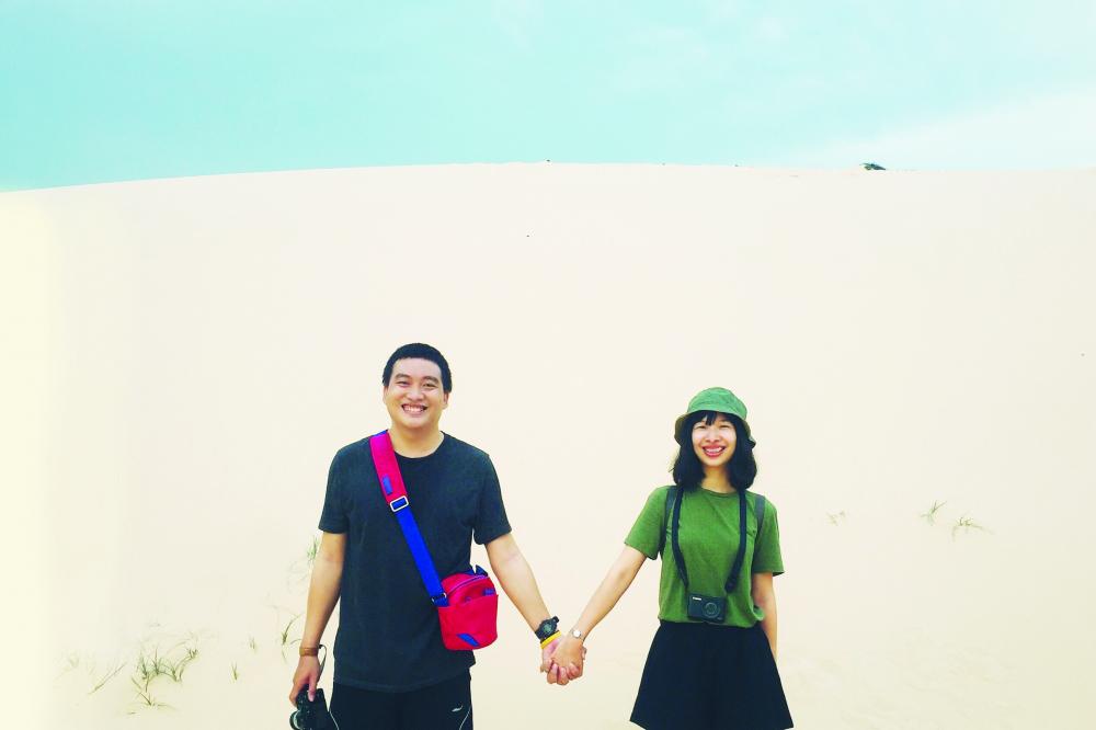 Vợ chồng Cẩm Chi - Duy Phong