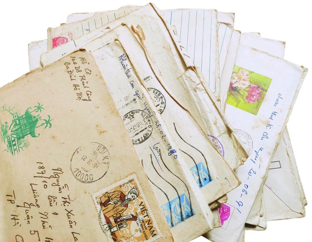 Những bức thư mẹ tác giả gìn giữ như báu vật suốt bao nhiêu năm qua