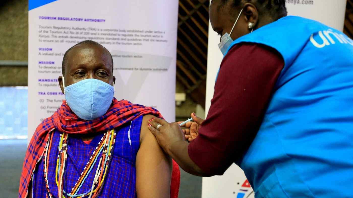 Chỉ khoảng 1,5% dân số châu Phi được tiêm vắc xin COVID-19 đầy đủ cho đến nay.