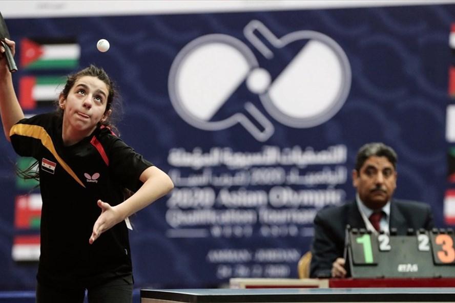 Hend Zaza, vận động viên bóng bàn 12 tuổi người Syria, là vận động viên nhỏ tuổi nhất tranh tài tại sự kiện năm nay