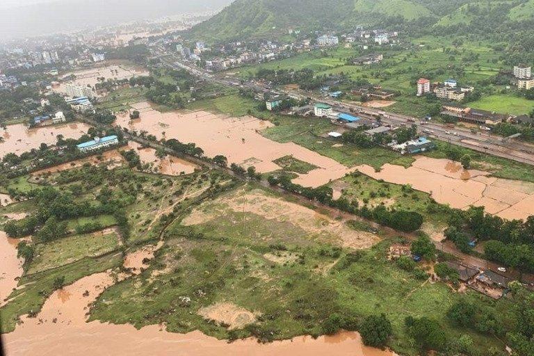 Mưa lớn gây ra lũ lụt diện rộng tại bang Maharashtra.