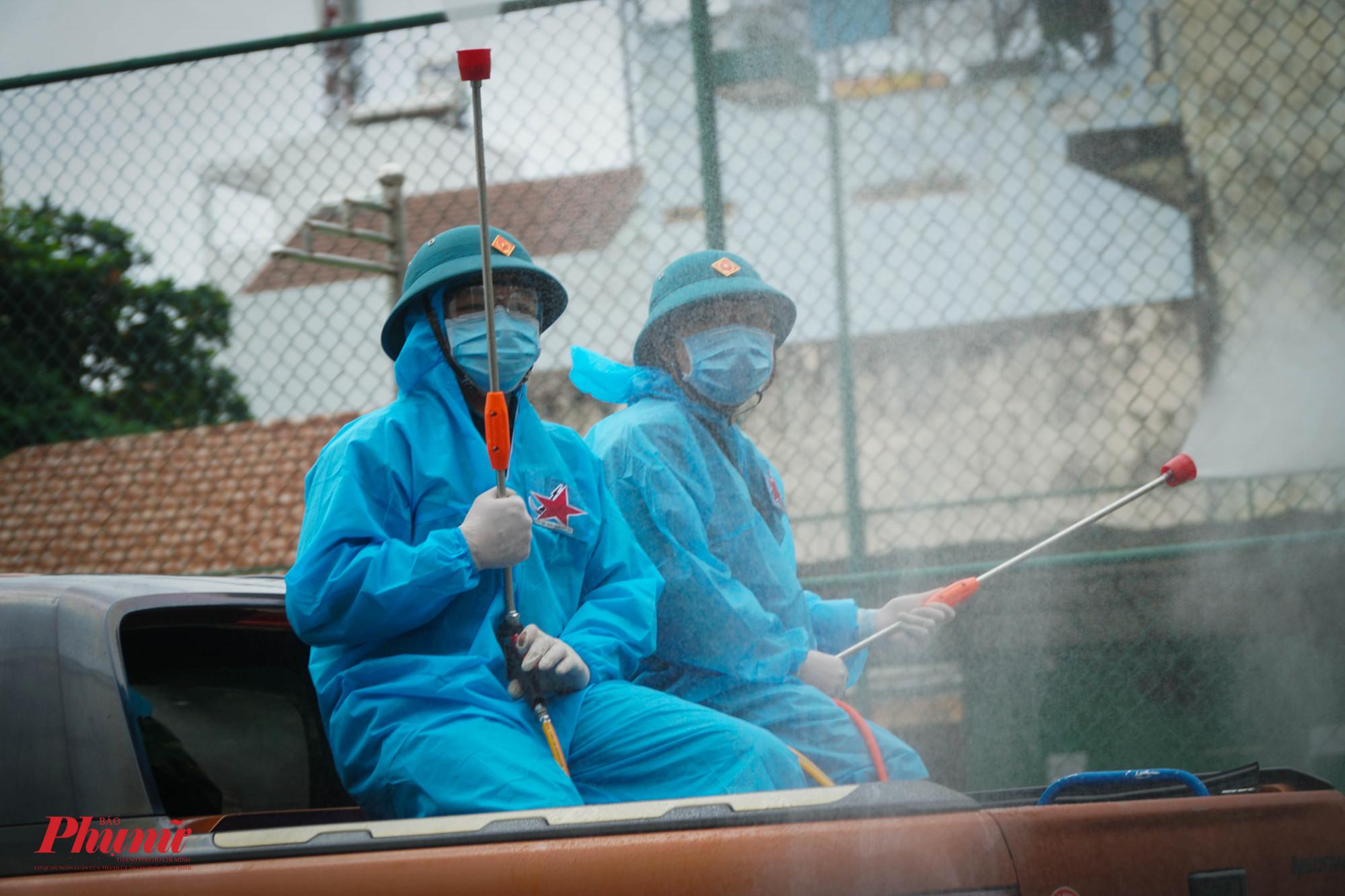 TPHCM sẽ tiến hành phun thuốc tiêu độc toàn thành phố trong những ngày tới