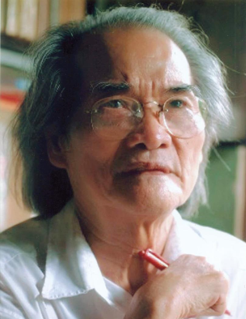 Nhà văn Sơn Tùng vừa qua đời ở tuổi 93 sau 11 năm bệnh tật.