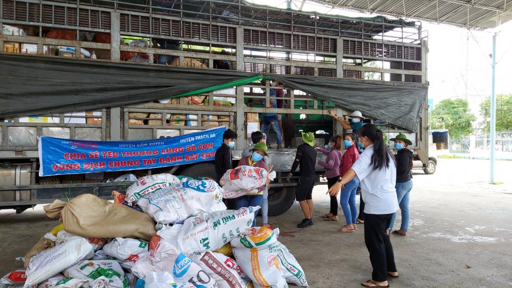 Những chuyến xe nghĩa tình từ Hà Tĩnh sẽ tiếp tục đến với TPHCM những ngày sắp tới.
