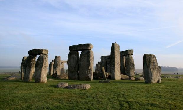 Unesco cho biết Stonehenge sẽ được đưa vào danh sách di sản gặp nguy hiểm nếu nhà chức trách Anh Quốc không thay đổi quy hoạch xây dựng hầm đường bộ A303 - Ảnh: The Guardian/Getty Images
