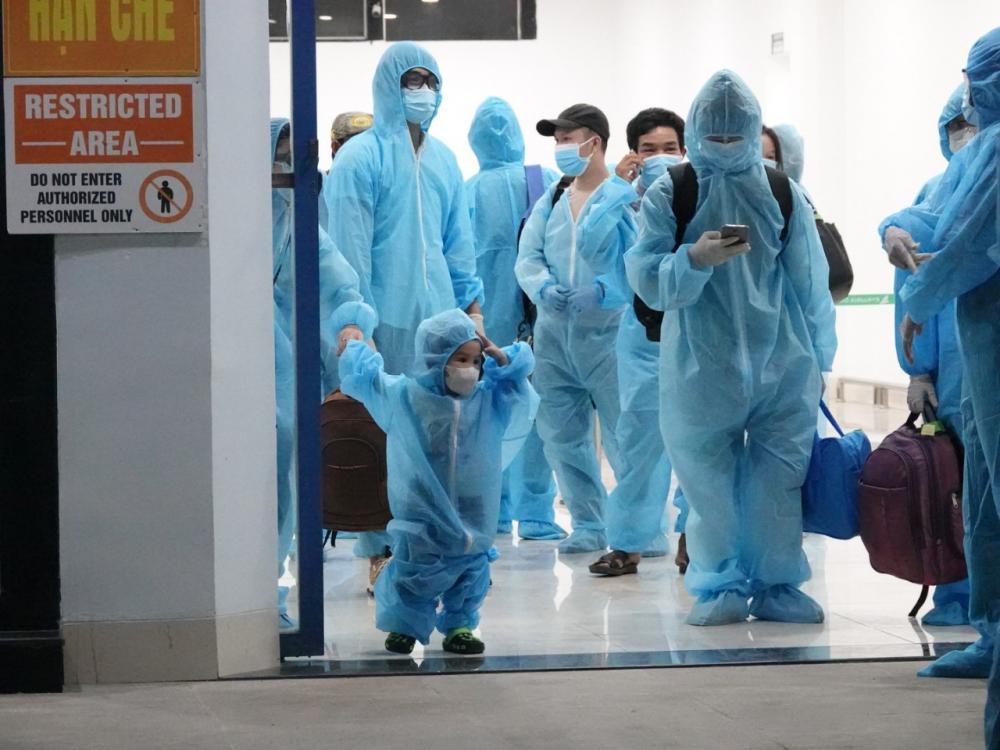 Bình Định đón công dân từ TPHCM về quê