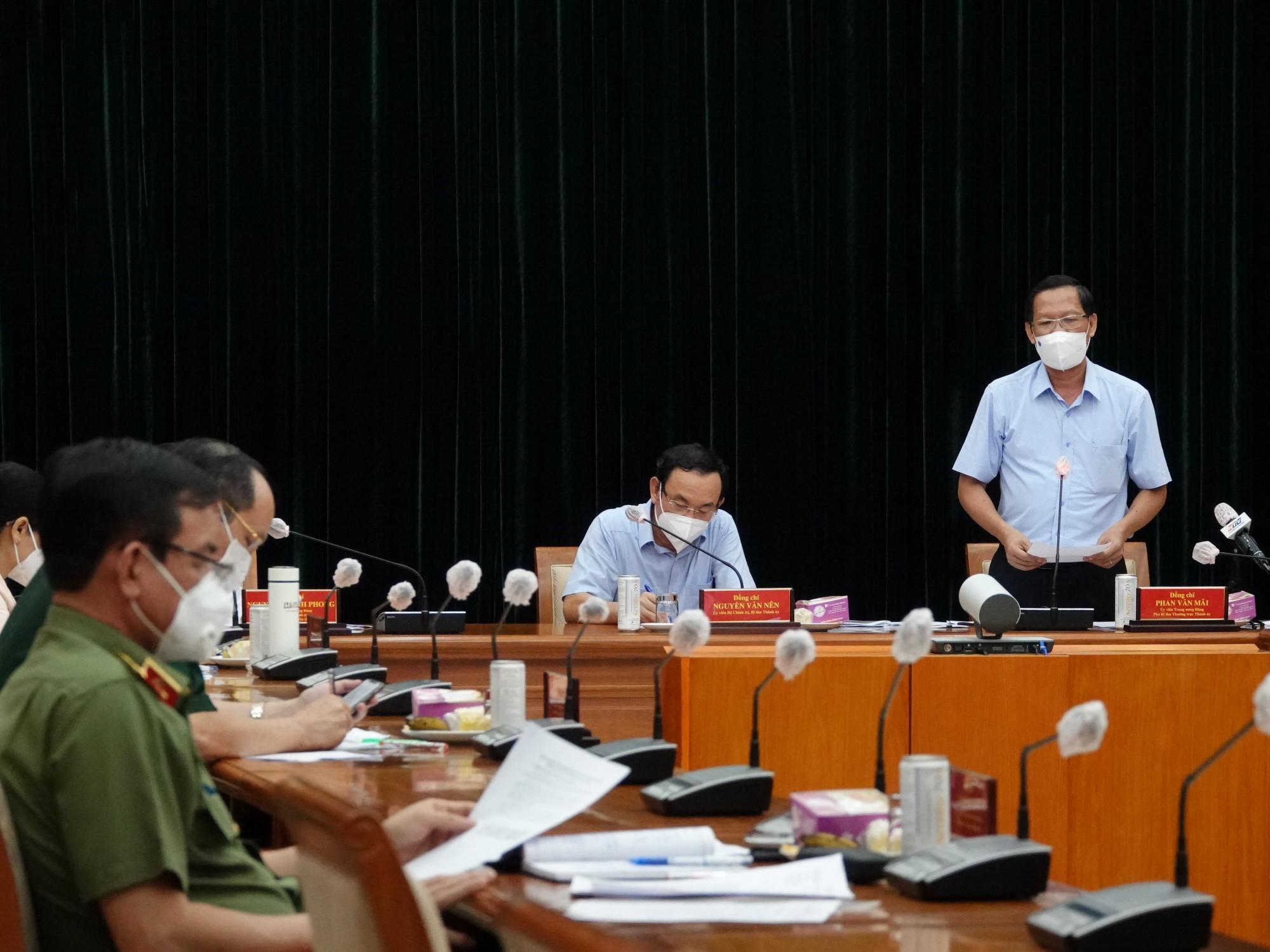 Phó Bí thư thường trực Thành ủy TPHCM Phan Văn Mãi thông tin một số nội dung thành phố đã làm và chưa làm trong 2 tuần áp dụng Chỉ thị 16