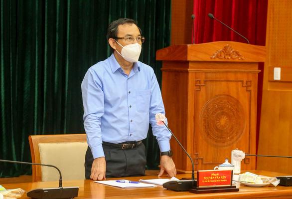Bí thư Thành ủy TPHCM Nguyễn Văn Nên phát biểu tại Hội nghị Thành ủy tối 25/7