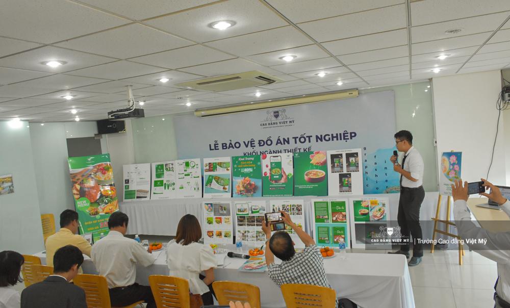 Doanh nghiệp tham gia đánh giá kết quả học tập của sinh viên - Ảnh: CĐ Việt Mỹ
