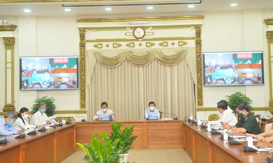 Tổ tư vấn được tham dự các cuộc họp của Ban chỉ đạo phòng chống dịch COVID-19 TPHCM
