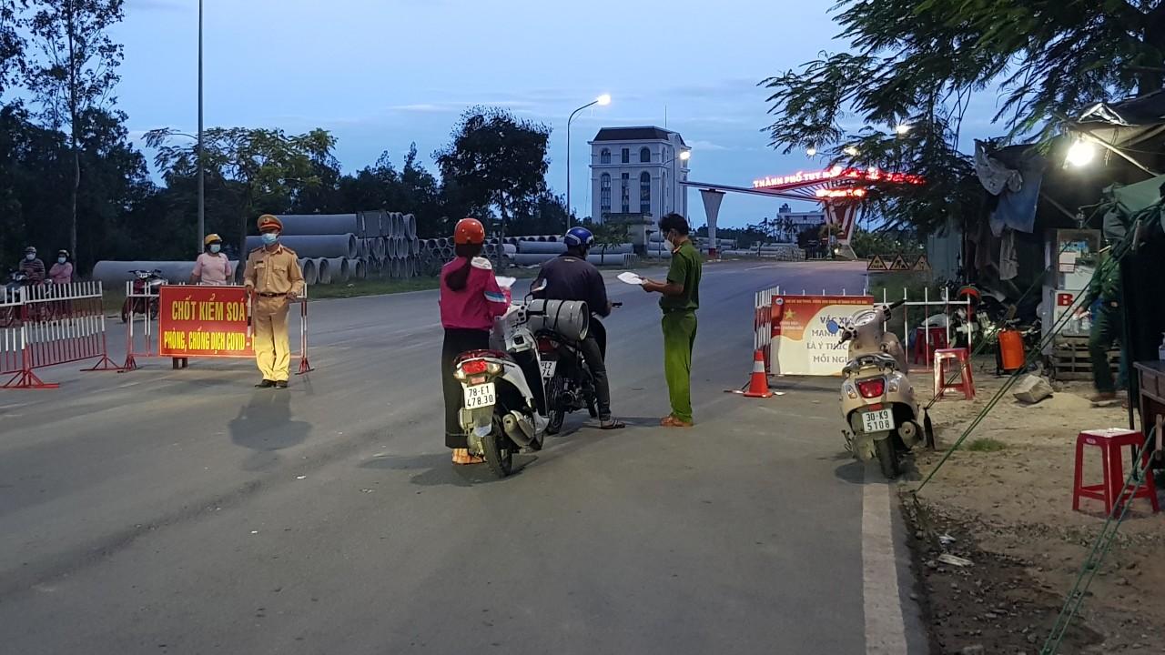 Chốt kiểm soát dịch bệnh COVID-19 TP.Tuy Hòa, Phú Yên