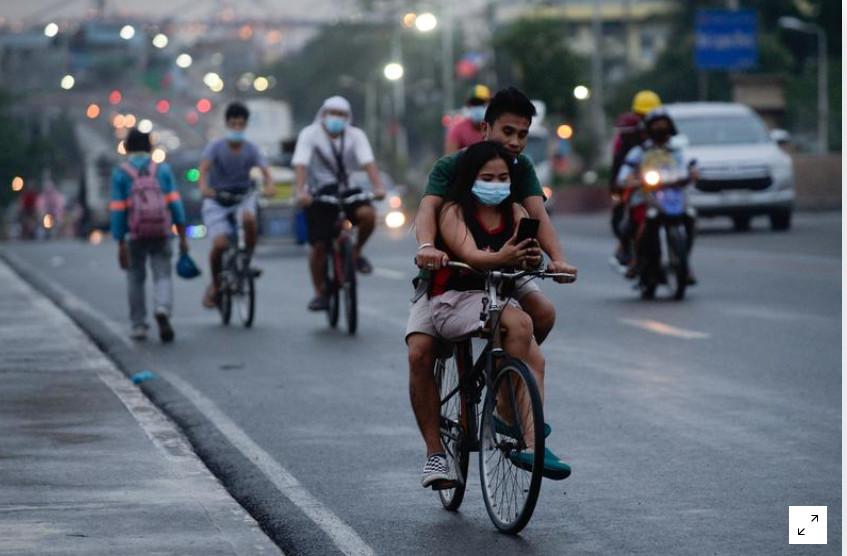 Philippines tái phong tỏa thủ đô trong 2 tuần.