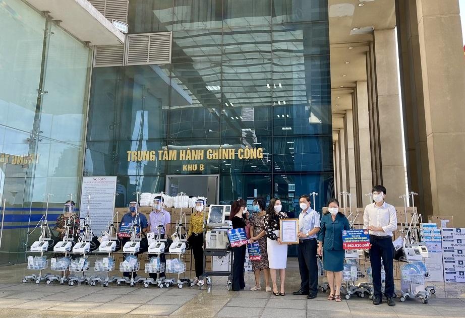 12 máy trợ thở (đợt 2) của Quỹ từ thiện Kim Oanh ủng hộ tỉnh Bình Dương - Ảnh: Quỹ từ thiện Kim Oanh