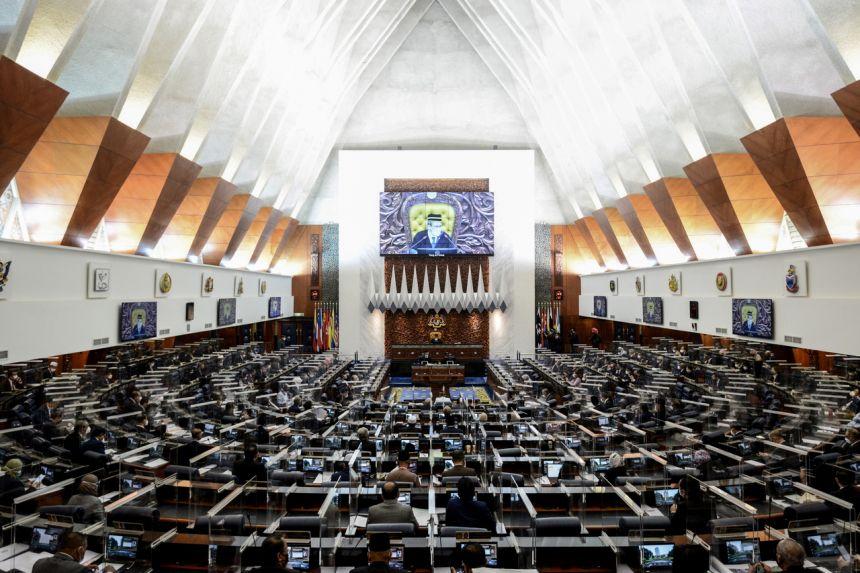 Quốc hội Malaysia cắt ngắn phiên họp khi phát hiện 11 ca mắc COVID-19.