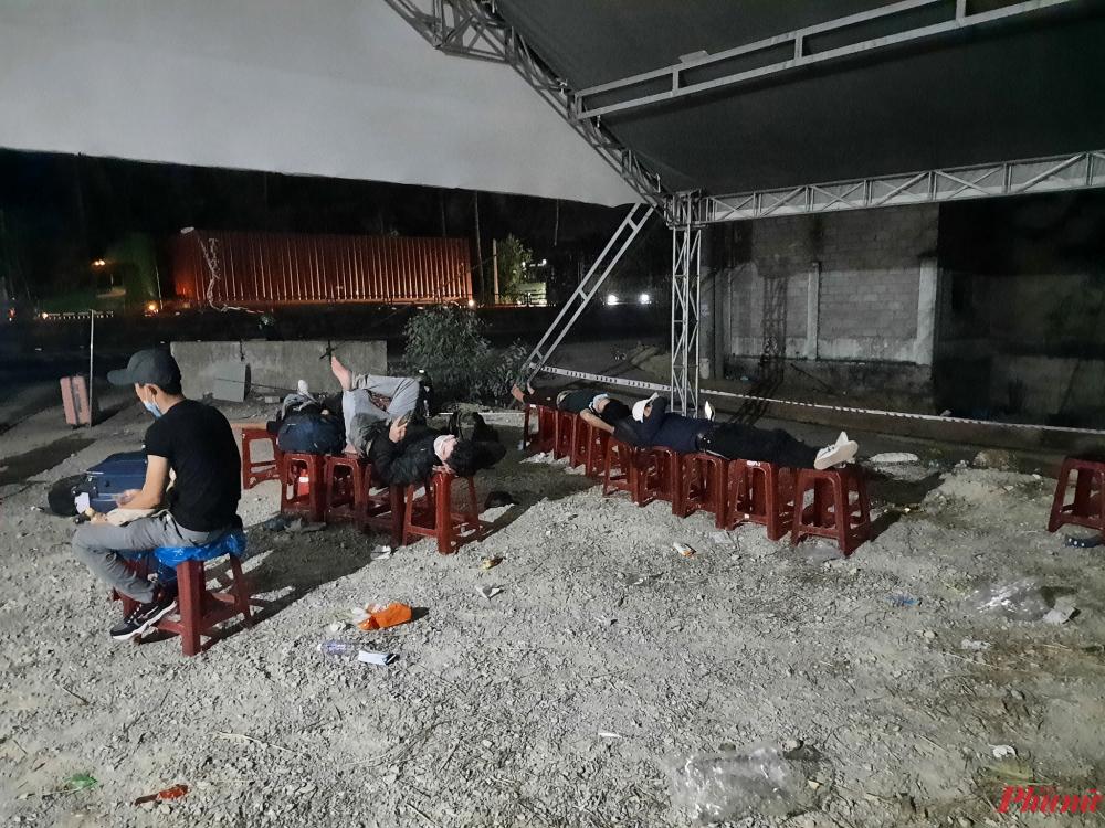 Số lượng người hồi hương từ các tỉnh phía nam về Quảng Ngãi trong nhũng ngày qua rất đông