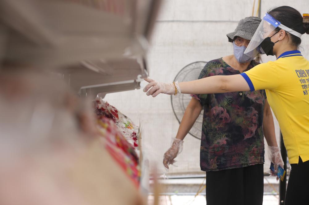 Được biết, trong tuần tới dự kiến sẽ thí điểm thêm 3 điểm siêu thị sau đó nhân rộng thành hơn 20 điểm trên khắp địa bàn thành phố Hà Nội.