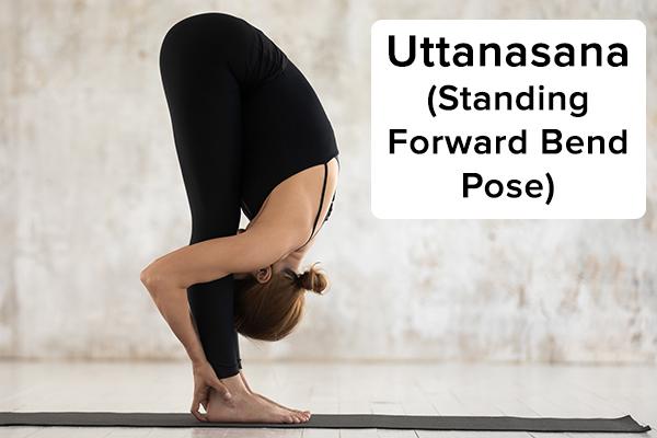 2. Uttasana (đứng uốn cong về phía trước) uttanasana (tư thế uốn cong đứng về phía trước) để mọc tóc Đứng hai chân rộng bằng hông ở đầu thảm tập yoga. Đặt nhiều trọng lượng hơn vào các quả bóng của bàn chân của bạn Đưa bàn tay và cánh tay của bạn lên trên đầu với lòng bàn tay hướng vào nhau. Duỗi thẳng người lên và từ từ gập người về phía trước, đưa cánh tay sang hai bên. Giữ đầu của bạn nâng lên và bả vai trở lại và hạ xuống trong khi bạn chạm các đầu ngón tay xuống sàn (nếu có thể). Giữ tư thế này trong tối đa 2 phút trong khi hít thở sâu. Thở ra và sau đó từ từ tăng lên khi hít vào.