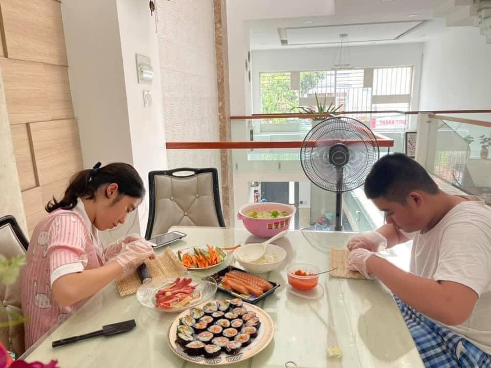 Học sinh Trường THPT Lương Thế Vinh có một mùa hè tích cực