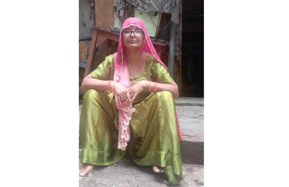 Kanta Devi, 48 tuổi, đã làm việc 15 năm cho một gia đình ở Janakpuri. Sau khi đợt phong tỏa thứ hai được dỡ bỏ vào tháng 5, chủ nhà nói cô đi tìm việc khác - Ảnh: Amrit Dhillon