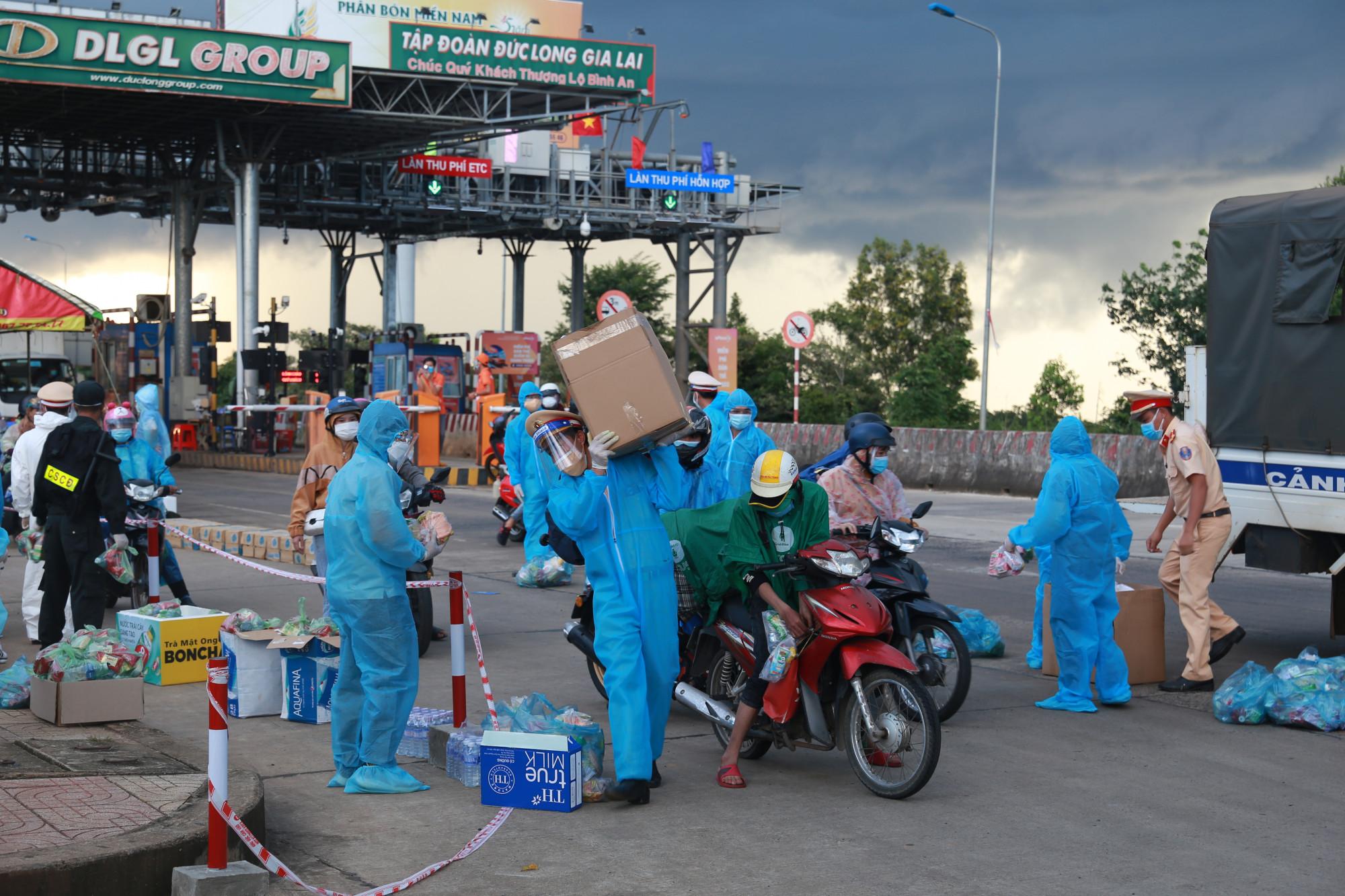 Chốt kiểm soát dịch tại xã Đắk Ru huyện Đắk R'lấp phải tăng cường lực lượng