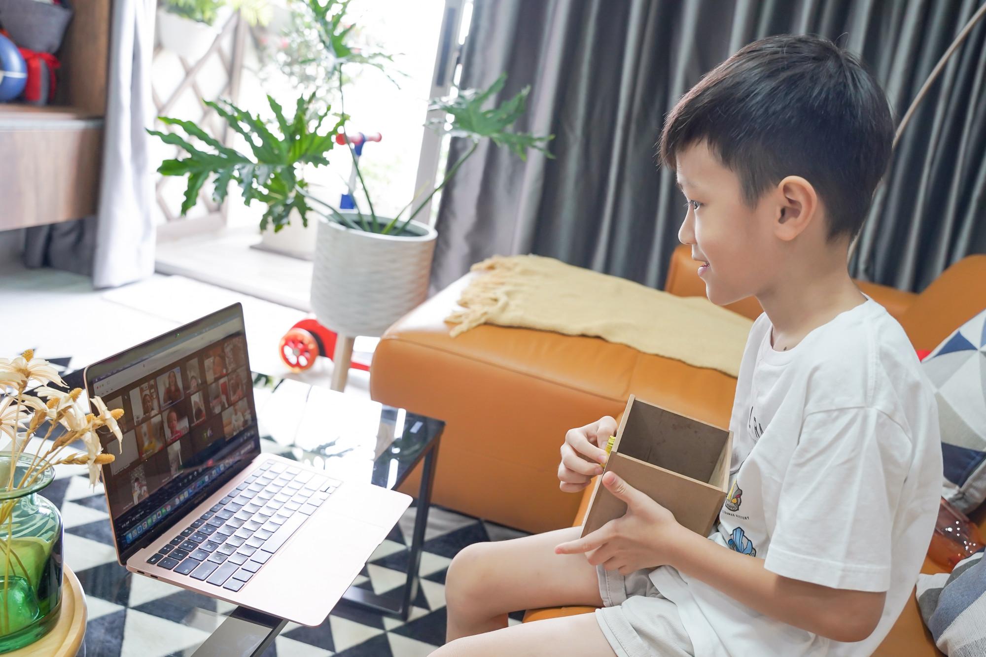 Trẻ thêm hứng thú và tìm được niềm vui vào mỗi sáng cuối tuần - Ảnh: Royal School