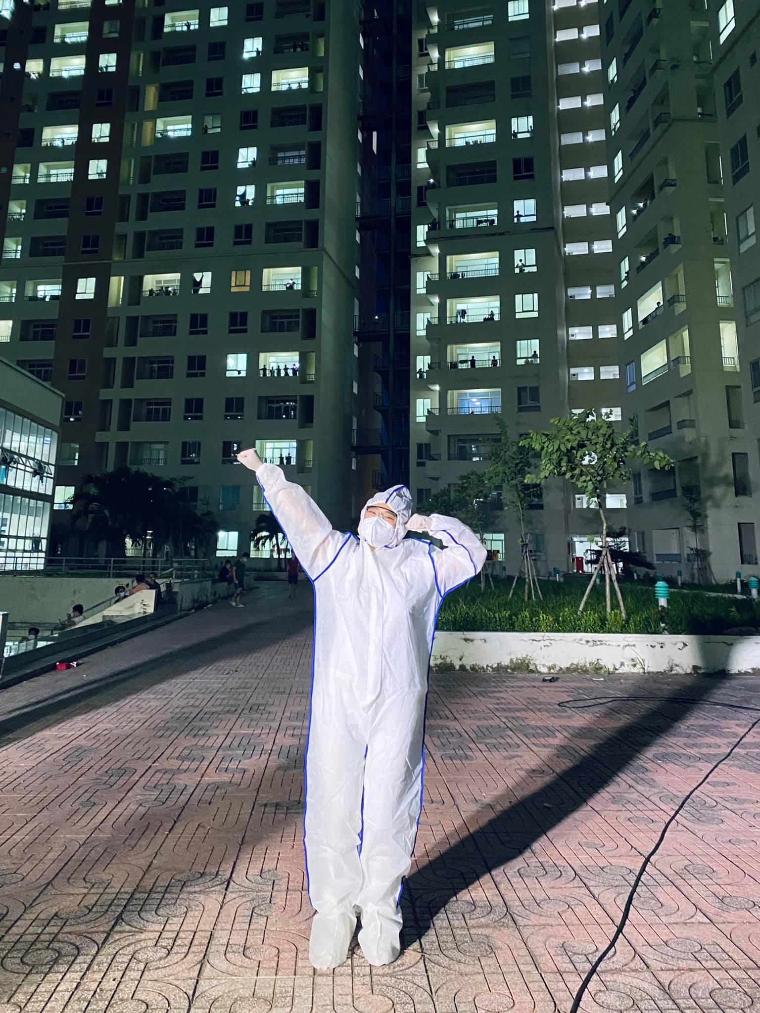 CeCe Trương háo hức khi chuẩn bị biểu diễn tại bệnh viện thu dung số 11