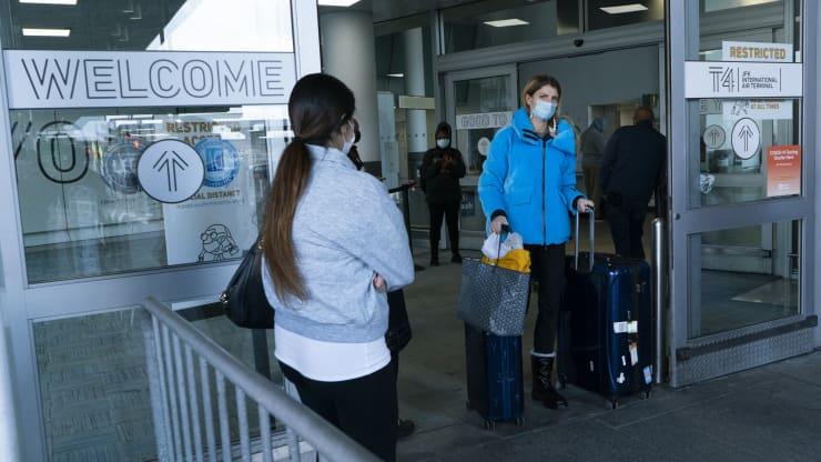 SỨC KHỎE VÀ KHOA HỌC Mỹ đang phát triển kế hoạch yêu cầu du khách nước ngoài phải tiêm phòng,
