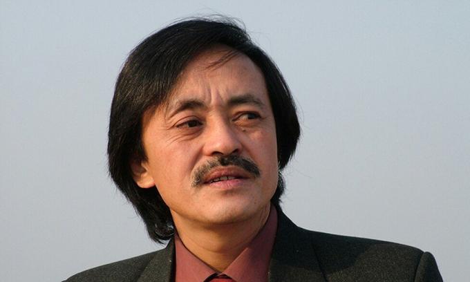 Nghệ sĩ Giang còi qua đời sau thời gian mắc ung thư họng.