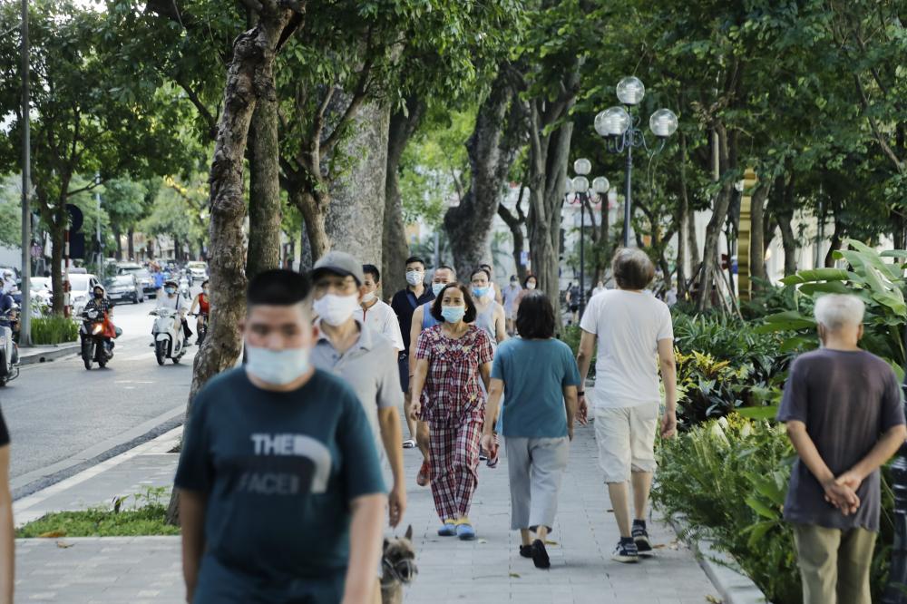 Quảng Ninh tạm dừng các bãi tắm công cộng; các dịch vụ văn hóa, thể thao (sân bóng đá, phòng tập gym, fitness, yoga, câu lạc bộ bi-a…).