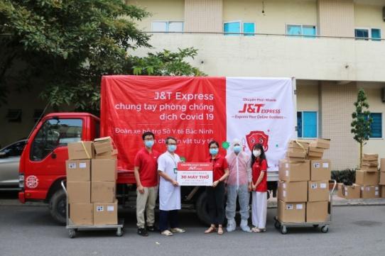 J&T Express nỗ lực phòng chống dịch trong các hoạt động cộng đồng - Ảnh: J&T Express