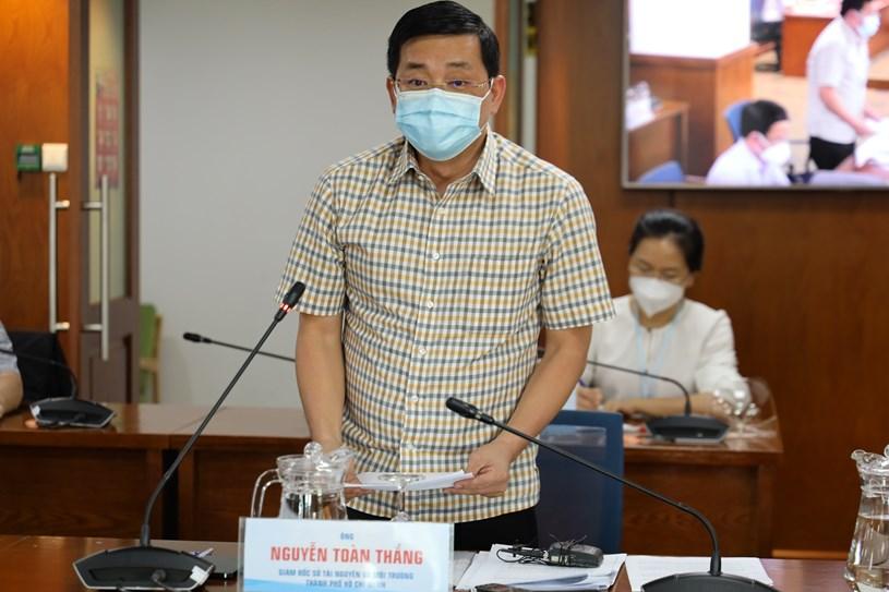 Giám đốc Sở TN-MT TPHCM Nguyễn Toàn Thắng tại buổi họp báo chiều ngày 5/8