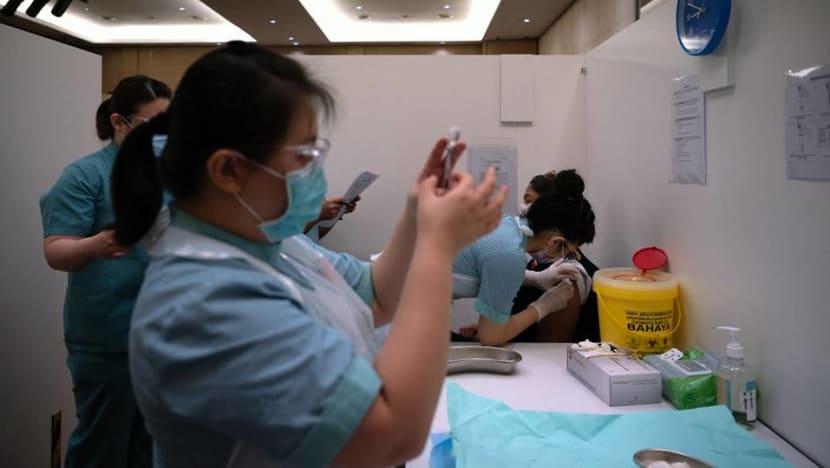 Malaysia nỗ lực đẩy nhanh chiến dịch tiêm chủng.