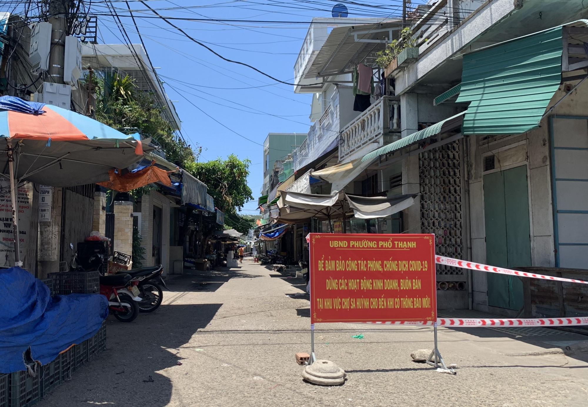 4 tổ dân phố: Thạch By 1, Thạch By 2, La Vân, Thạnh Đức 2  gần 12.000 dân thuộc phường Phổ Thạnh không ra khỏi nhà từ 18g đến 6g hôm sau