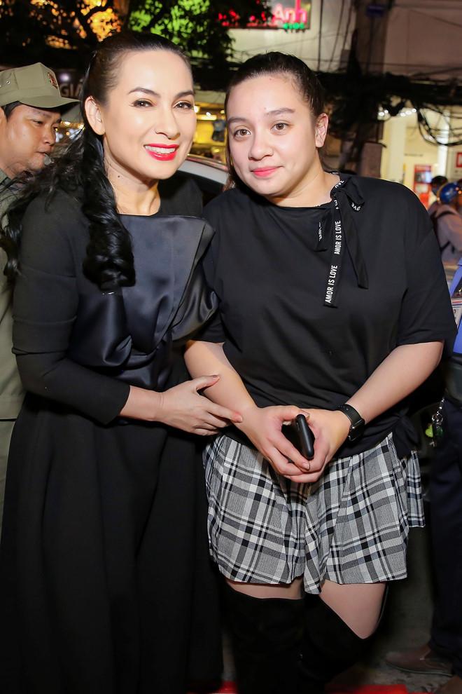 Phi Nhung và con gái Wendy