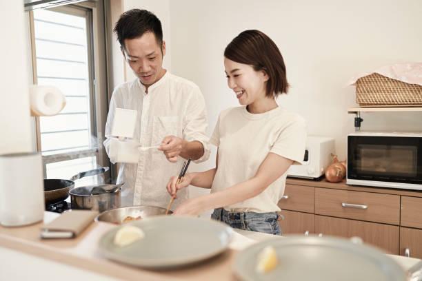 Không phải ông chồng nào cũng có thể làm bếp (ảnh minh họa)