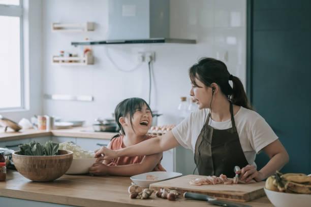 Nấu ăn, bếp núc- nỗi ám ảnh của các bà mẹ công sở (ảnh minh họa)