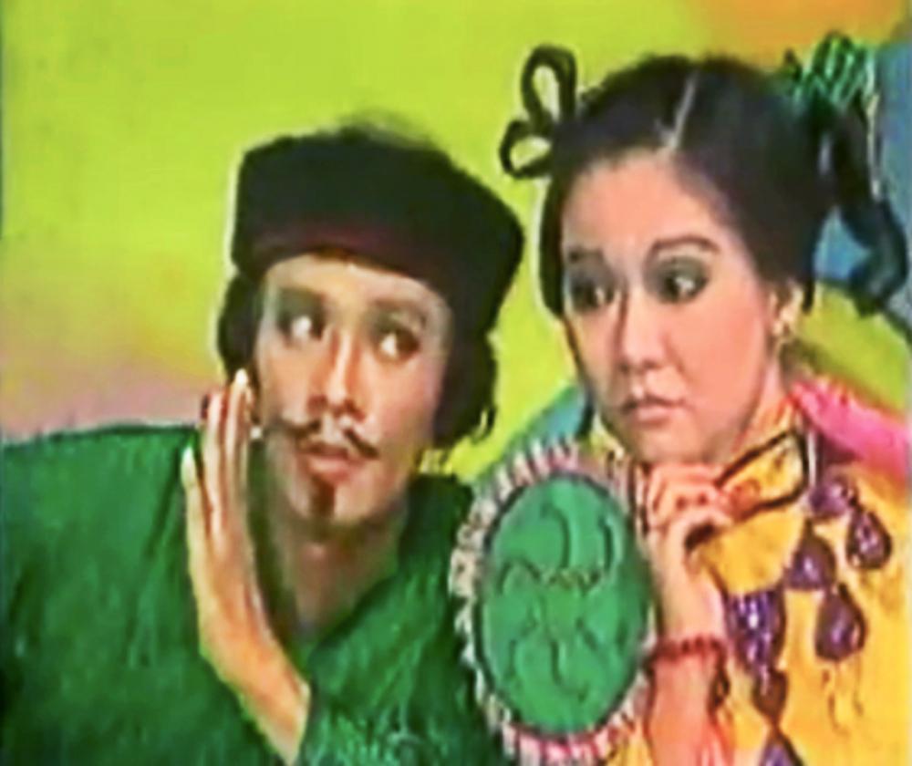 NSƯT Thanh Điền và NSƯT Thanh Kim Huệ vai Huyện Trìa và Thị Hến trong vở Ngao Sò Ốc Hến, diễn cả ngàn suất vào những năm 1980 - ẢNH: TƯ LIỆU