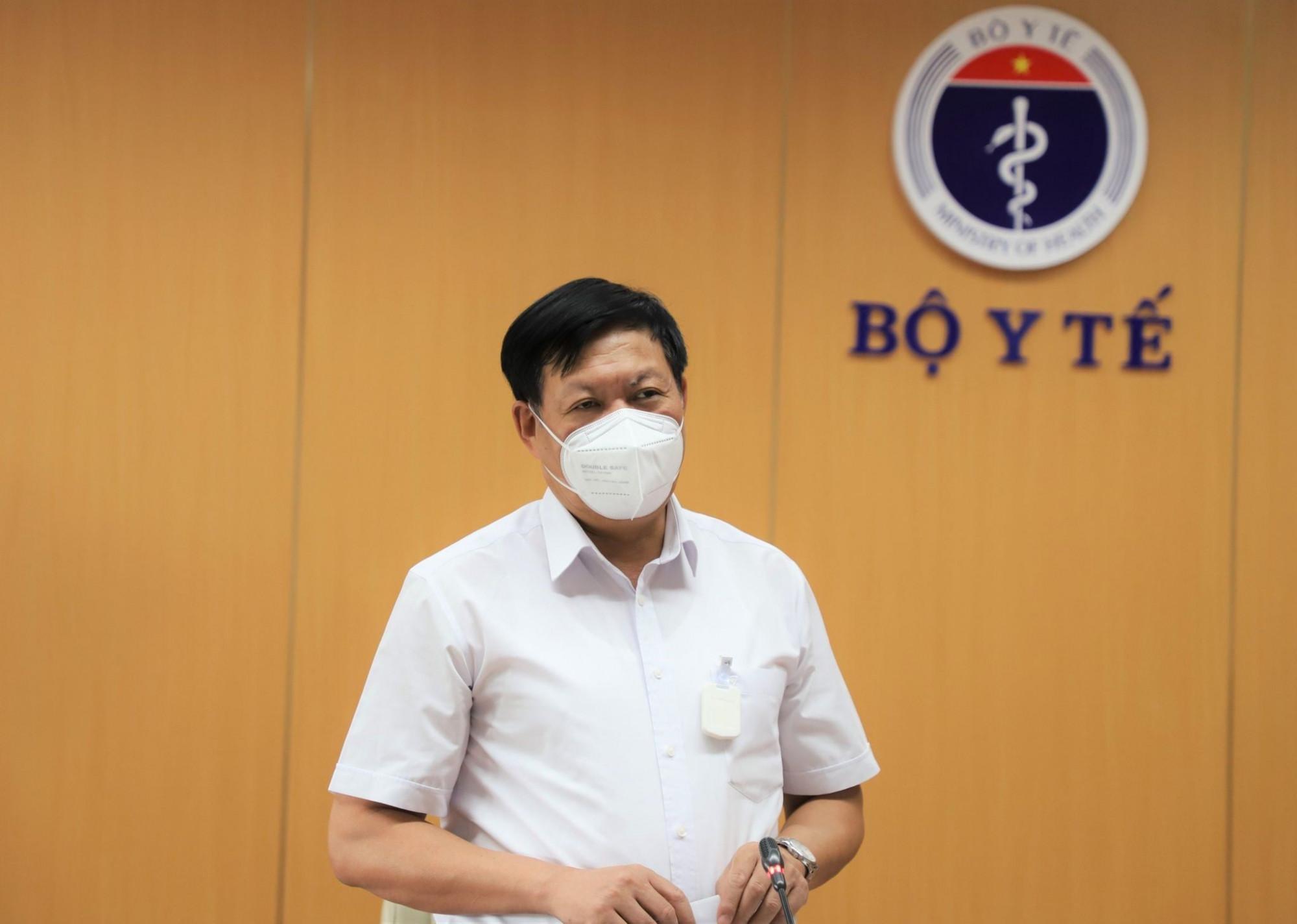 Thứ trưởng Đỗ Xuân Tuyên chủ trì cuộc họp với TPHCM và 3 tỉnh miền Nam về đẩy nhanh tiến độ tiêm chủng vắc xin COVID-19