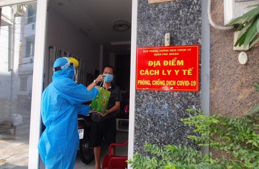 Quận Phú Nhuận triển khai nhiều kênh thông tin, giải pháp hỗ trợ F0 cách ly tại nhà.