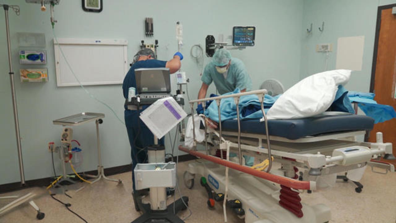 Số ca nhiễm SARS-CoV-2 và tử vong tăng đột biến trong tuần qua tại Mỹ.