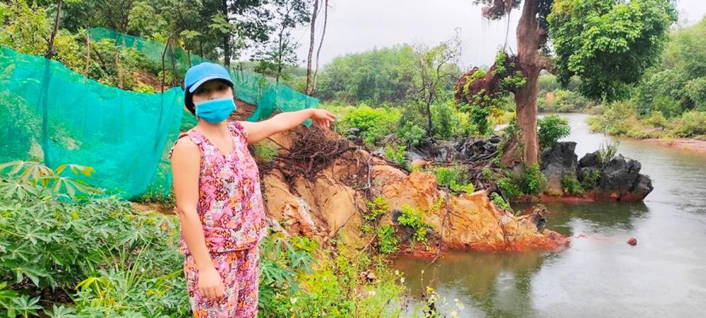 Người dân miền Trung nơm nớp lo sợ lũ về lại tiếp tục gây sạt lở, khi hậu quả cơn lũ năm 2020 vẫn chưa được khắc phục - Ảnh: Thuận Hóa