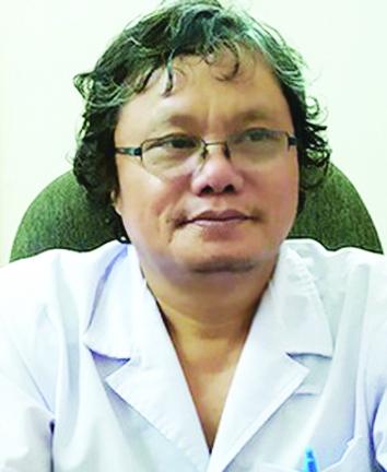 """Bác sĩ Trương Hữu Khanh khuyến cáo người dân không nên tự ý mua thuốc điều trị COVID-19 vì có thể gặp """"tác dụng ngược"""""""