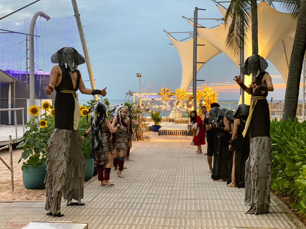 Ngành du lịch đang gấp rút các công đoạn cuối cùng để đưa khác quốc tế đến Phú Quốc - Ảnh: Quốc Thái