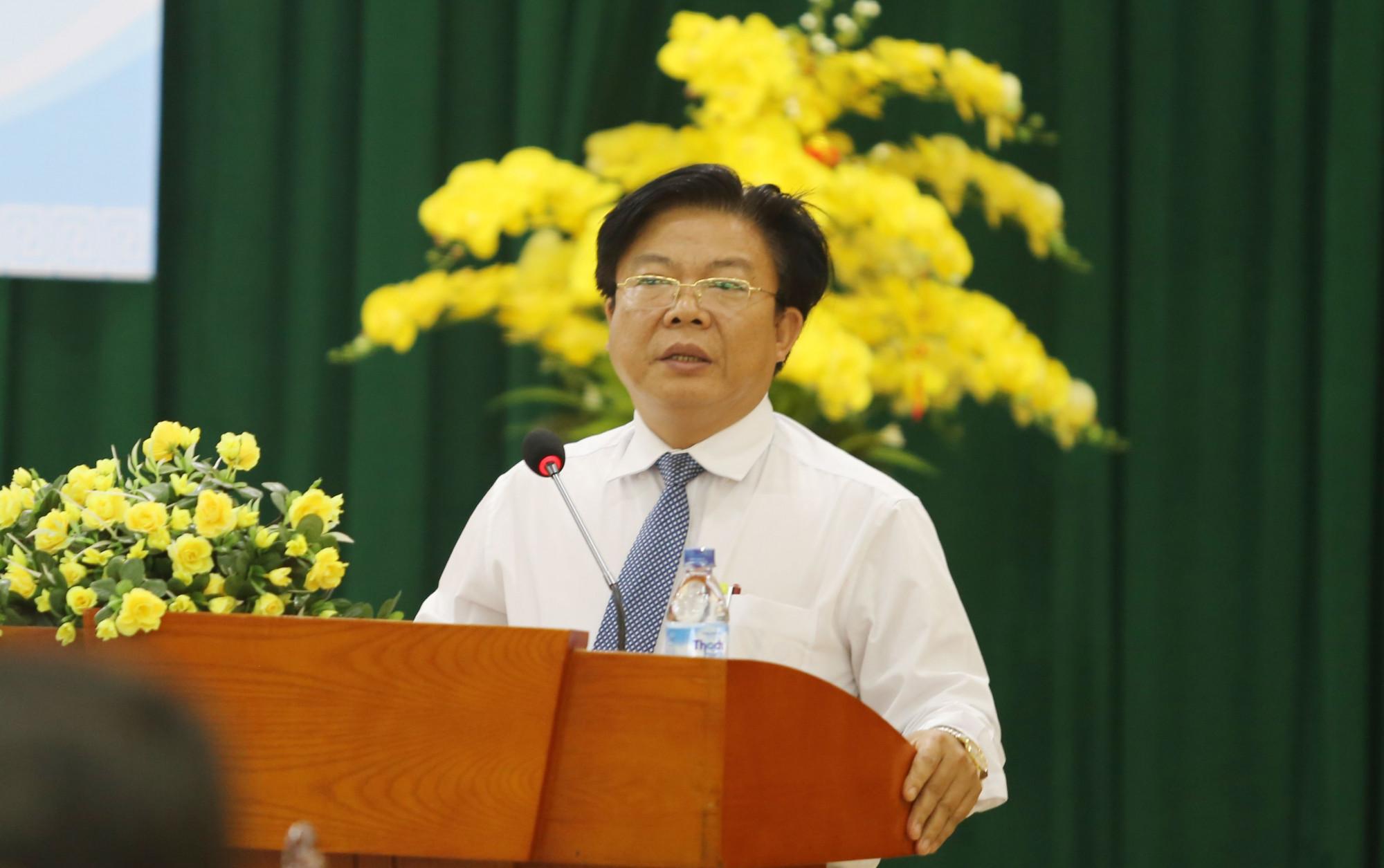 Luân chuyển liên tục các cán bộ quản lý, giáo viên cấp THPT trên địa bàn, Giám đốc Sở GD&ĐT Quảng Nam bị yêu cầu giải trình với UBND tỉnh
