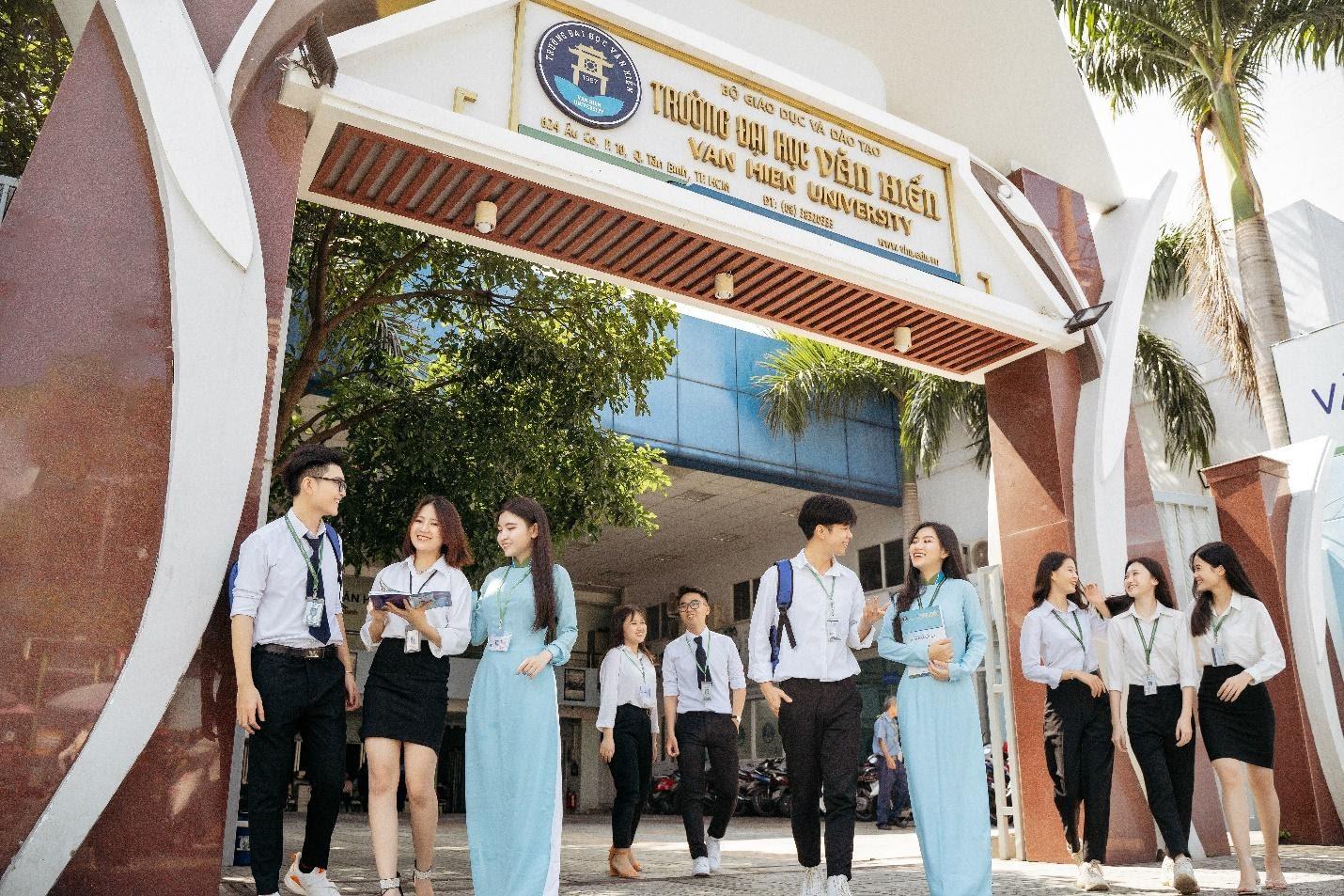 Thí sinh nhập học trong năm 2021 tại trường đều được hỗ trợ 50% học phí HK1 - Ảnh: ĐH Văn Hiến