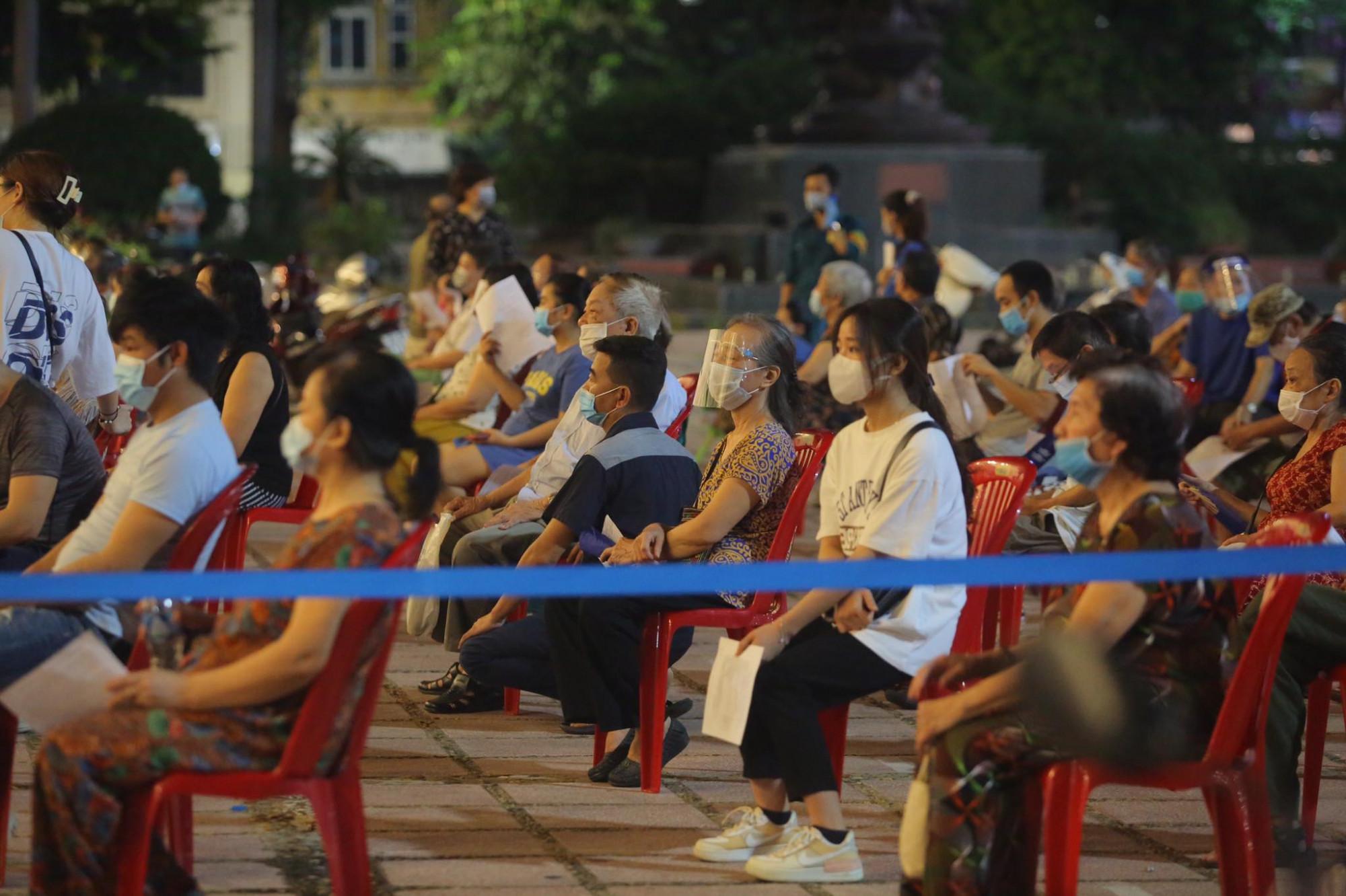 Bộ Y tế thông tin, từ nay tới cuối năm sẽ còn khoảng 103,4 triệu liều vắc xin COVID-19 về Việt Nam