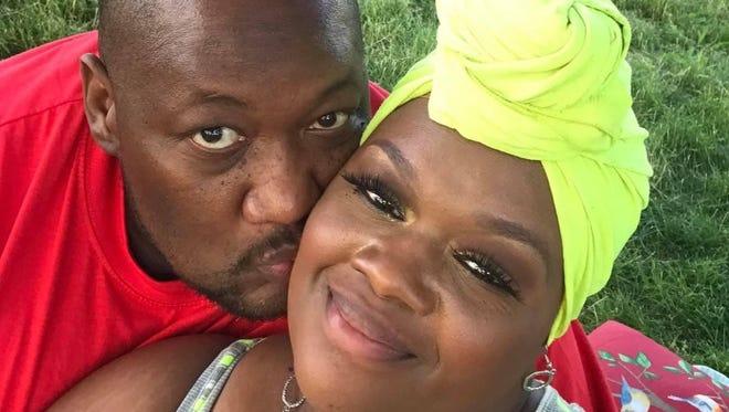 Troy và Charletta Green qua đời cách nhau vào giờ