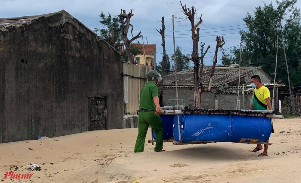 Hiện nay Còn tại xã Phú Hải, huyện Phú Vang,  gần 50 tàu thuyền đánh bắt xa bờ đã được kêu gọi vào bờ tránh trú bão và được sắp xếp bến bãi cho ngư dân neo đậu đảm bảo an toàn.