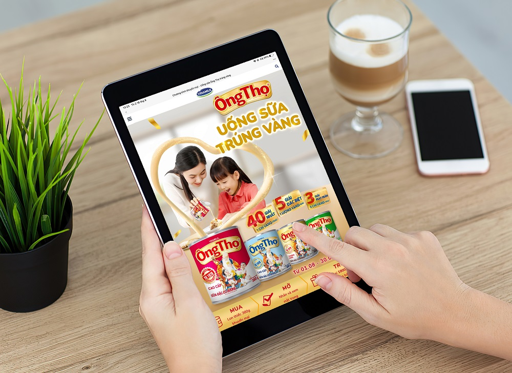 Người tiêu dùng có thể tìm mua sữa đặc Ông Thọ lon phiên bản đặc biệt trên toàn quốc, đặc biệt dễ dàng mua hằng ngày tại nhà thông qua kênh mua sắm trực tuyến hoặc ứng dụng di động Giấc Mơ Sữa Việt