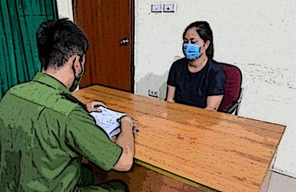 Khởi tố người phụ nữ say rượu tấn công cảnh sát tại chốt kiểm dịch